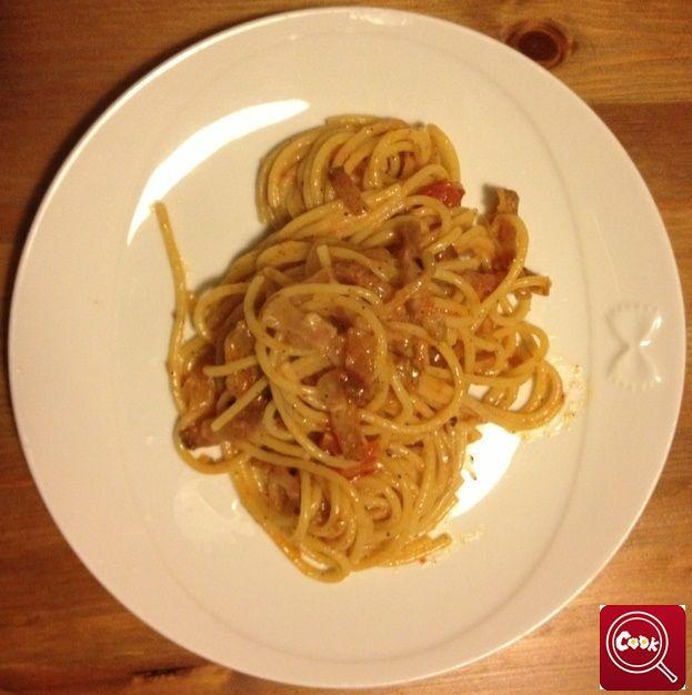 Amatriciana rolead. Scopri la #ricetta su www.acook.it. Segui i gustosi piatti dei #cuochi di acook e vota i tuoi preferiti. #BuonAPPetito
