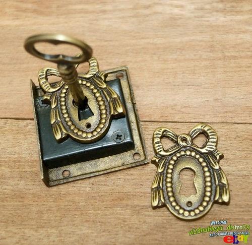 Antique vtg brass key lock skeleton keys with victorian