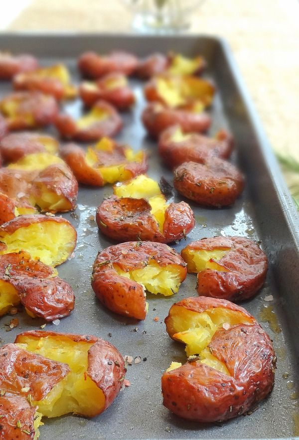 Smashed Potatoes with Fresh Rosemary, oh so yummy! via The Glowing Fridge #comfort #appetizer