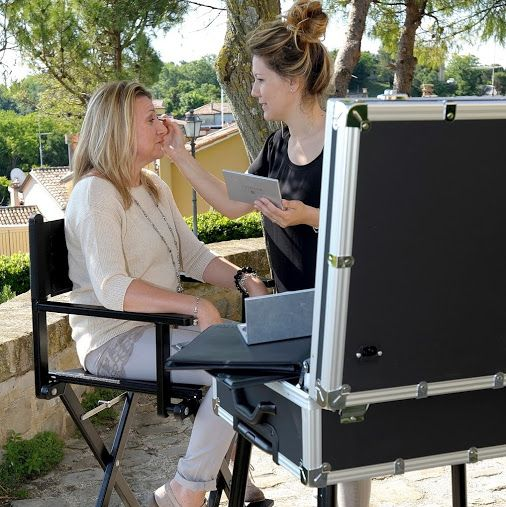 An amazing kit Make up Case and Makeup chair - For any Makeup Artist addicted