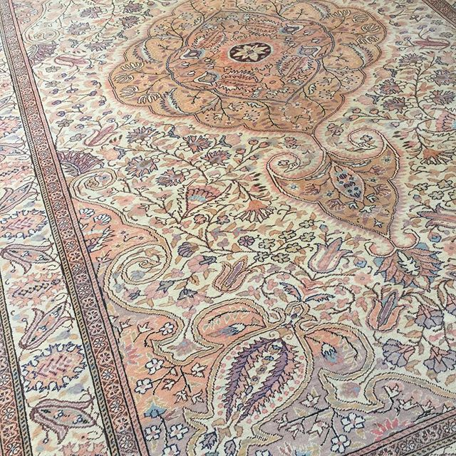 This stunning carpet and four more have been added to the site. Trust me, go and check these beauties out - they're incredible They're all Kayseri Turkish carpets around 40-60 years old and we've priced them super well for you all They're stuunnninggg! Xx  #turkishrugs #colourmyhome #interior4all #interiorwarrior #designs #persianrug #decorate #homedecoration #mypopofcolor#rugsnotdrugs #mydecorvibe #liveauthentic #apartmenttherapy #neutraldecor #finditstyleit #rugs #finditliveit…