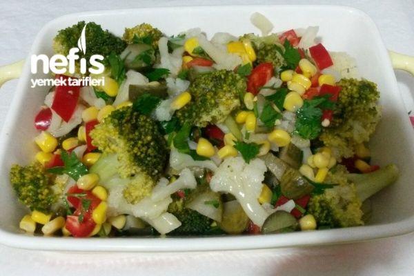 Kış Salatası Vitamin Deposu