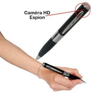 Véritable gadget high tech, le stylo espion caméra HD vous permettra d'enregistrer toute conversation dans la discrétion la plus totale ! Ainsi, vous pourrez, quand vous le souhaitez, vous la jouer James Bond 007... Spy ! Ce cadeau original est à offrir pour tout espion professionnel comme amateur et pour toute occasion ! Ce gadget insolite est à retrouver sur http://www.pinklemon.fr ! Pinklemon, le zeste d'idée cadeau gadget.