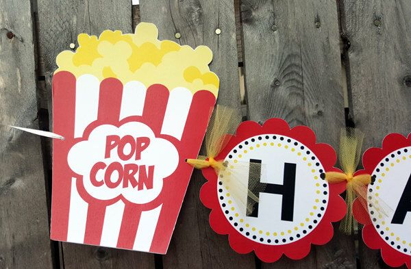 Movie Party Banner, Movie Party Decoration, Popcorn Banner by CraftyCue on Etsy https://www.etsy.com/listing/232780596/movie-party-banner-movie-party