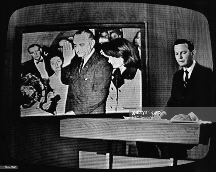 details of the assassination of president john fitzgerald kennedy in 1963 Jfk assassination of 1963 john fitzgerald kennedy, the 35th president of the united states, was assassinated at 12:30 pm central standard time (18:30.