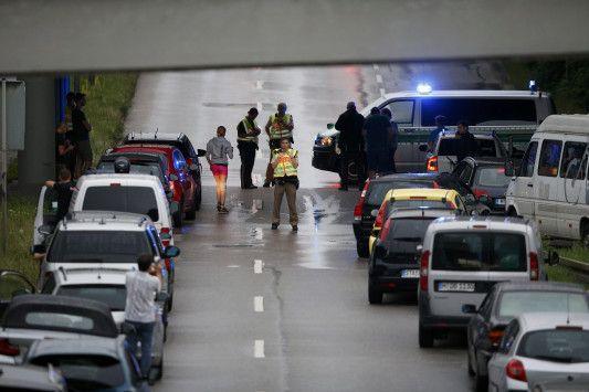 Δημιουργία - Επικοινωνία: LIVE - Επίθεση στο Μόναχο: Τουλάχιστον 6 νεκροί απ...