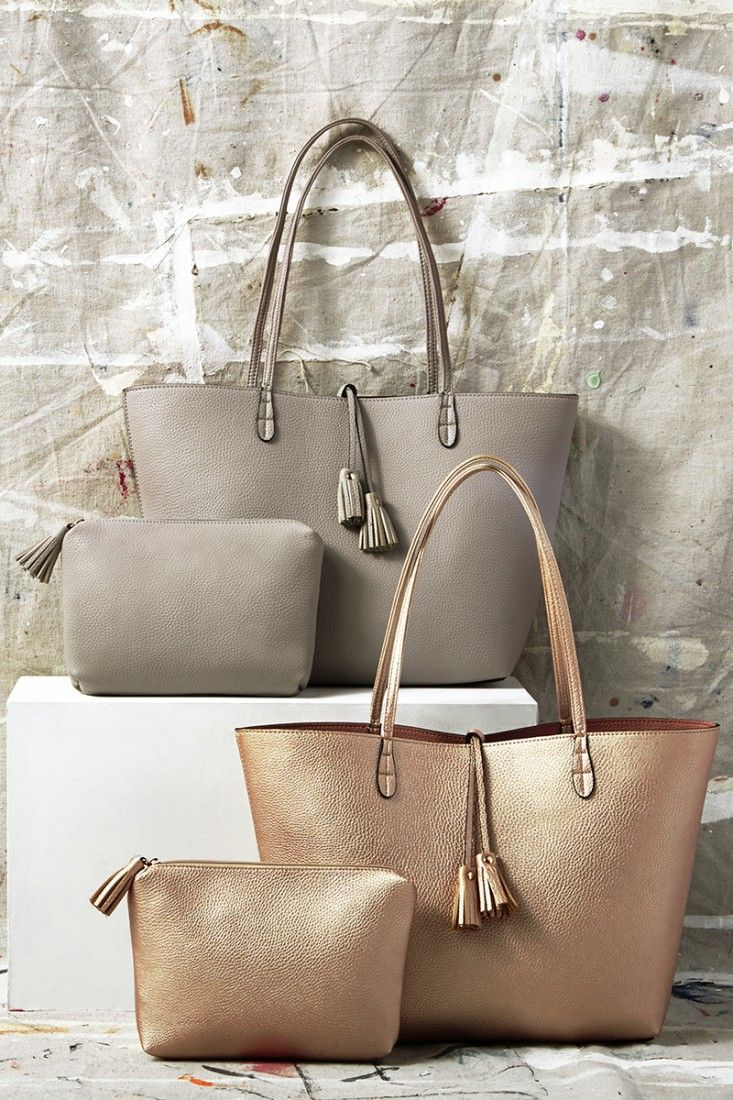 Reversible, soft pebbled tassel tote with removable pouch