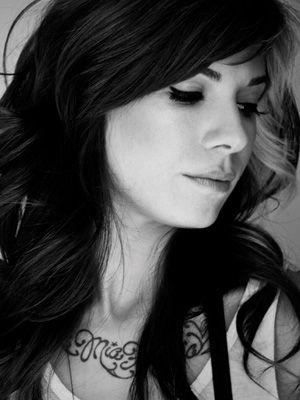 Christina Perri <3   favorite female artist at the moment. her voice, her lyrics, her personality..<333
