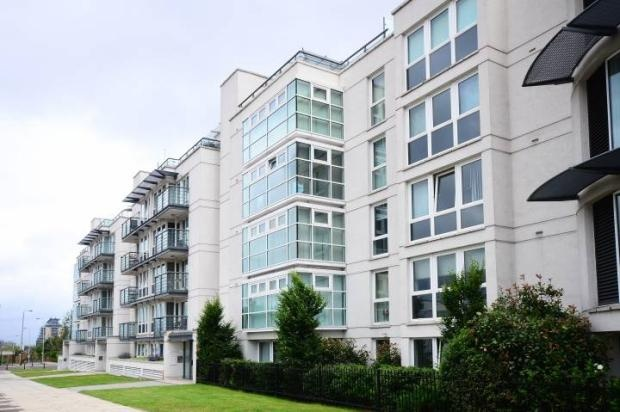 Clapham Junction, Modern 2 Bedroom Flat for Rent in the Trinity Complex « Flats and apartments to rent Over £400pw - Loot.com