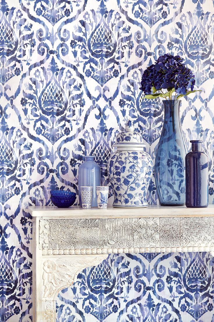 modern and fresh damask from Savour