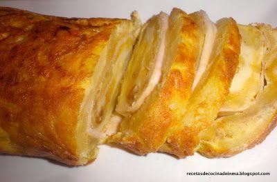 Recetas de cocina paso a paso de Inma Martos: ROLLO DE TORTILLA RELLENA DE QUESO Y YORK