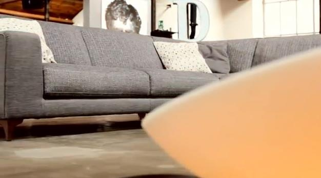 """Cosa centrano le note della """"mitica"""" chitarra Gibson SG con il design Ditre Italia - divani davvero, scoprilo in questo video https://www.youtube.com/watch?v=-8S5kFZXd3"""