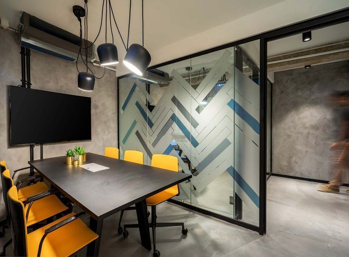 Industrial Office Image Result For Corporate Modern Conference Room Design Modern Office Interiors Small Office Room Conference Room Design