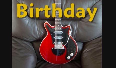 Un solo de guitarra eléctrica interpretando la canción de cumpleaños es una forma muy original de desear feliz cumpleaños.
