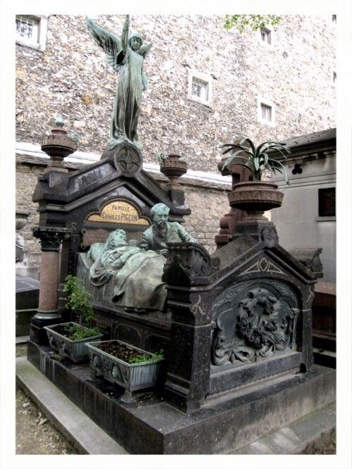 Very old Gothic tombstone - Montparnasse Cemetery. Can't even imagine what this would cost today !!!