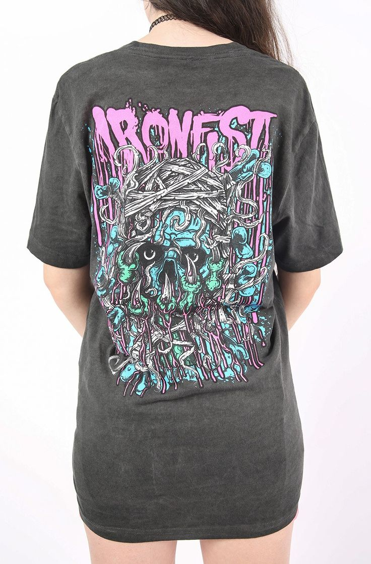 Bloody Mess Tee – Iron Fist Clothing