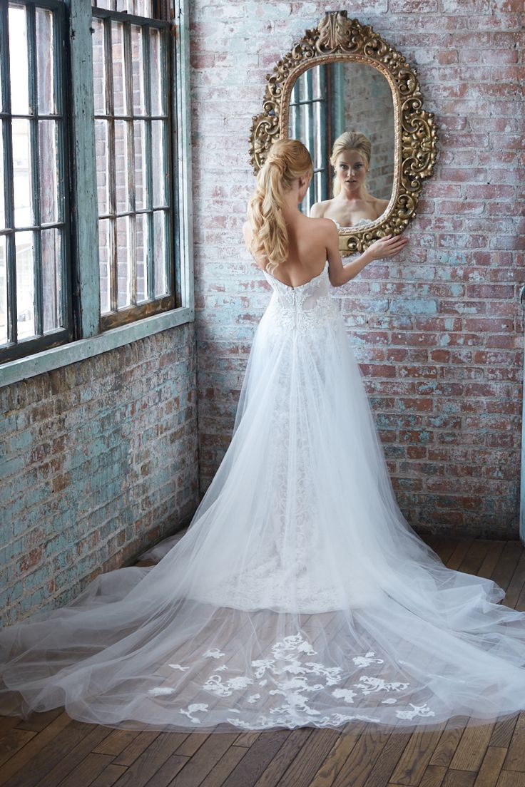 35 best Spring 2017 Photoshoot images on Pinterest | Short wedding ...
