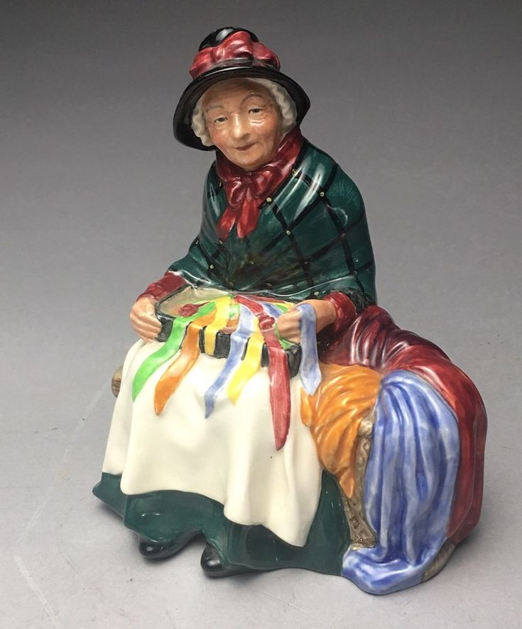 1948 Royal Doulton Silks And Ribbons Lady Porcelain Figurine H.N. 2017  | eBay