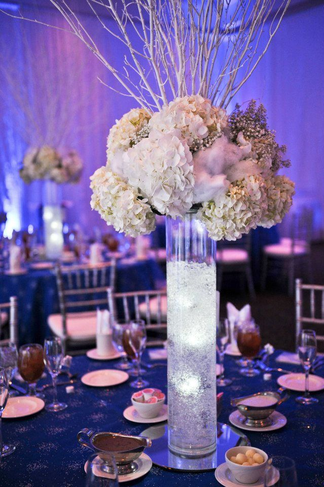 Nye Winter Wedding Centerpiece At The Fredericksburg Expo