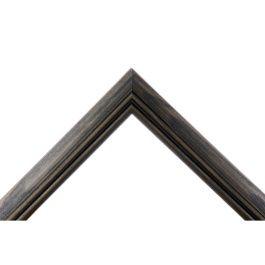 Arch Black är en lätt rundad svart ram med ett markerande fräst spår. Modellen passar mycket bra till alla typer av ramar där man vill ha en mjuk bågformad och klassisk stil. Ramen är tidlös med sin populära bredd på 30 millimeter. Ramlistens profil passar alla typer av tavlor och motiv. Bredd: 29 mm. Höjd: 19 mm. Falsdjup: 13 mm.
