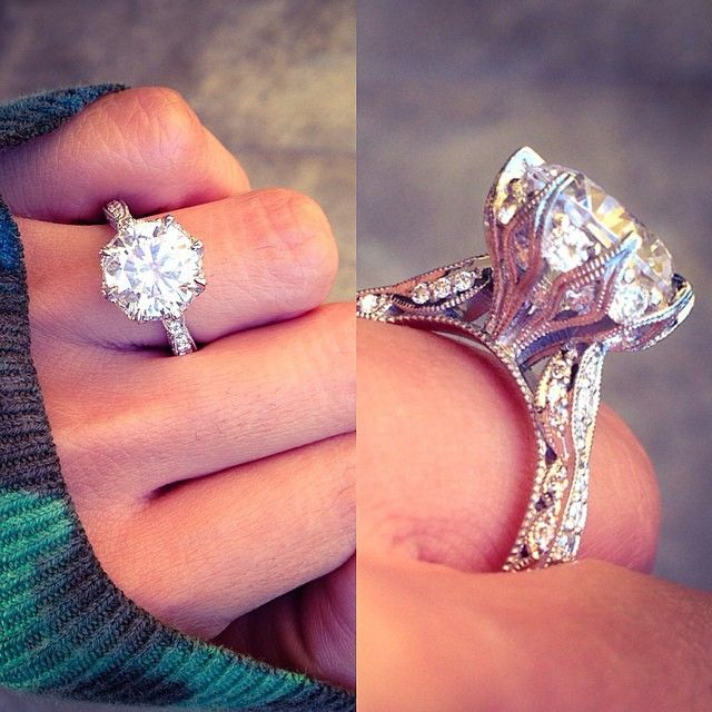 Beauty from every angle. What do you think of this RoyalT diamond engagement ring from Tacori? Style # Ht2604rd10 Robbins Brothers Sku: 0407082