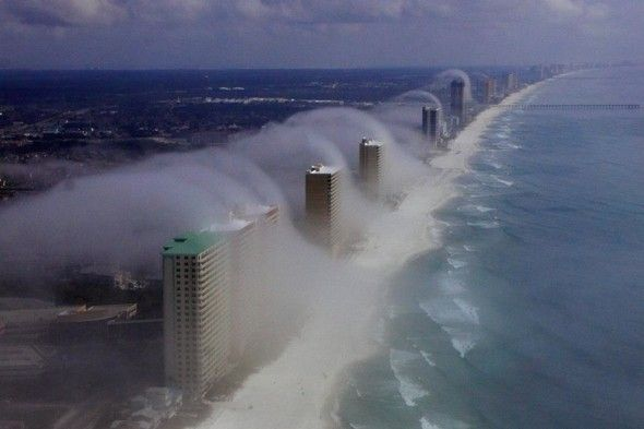 """Tsunami"" wave clouds hit Florida's coast."