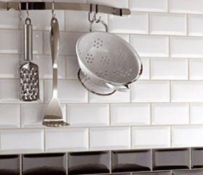 20 beste idee n over metro tegels op pinterest keuken wandtegels betegelde badkamers en - Metro tegels ...