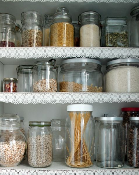skafferi,förvaring,romantiskt,spets,gammaldags,glasburkar,lantligt,kök