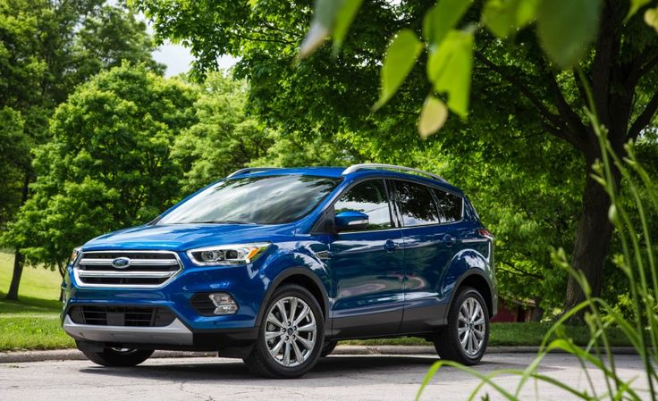 2017 Ford Escape 1.5 EcoBoost Titanium Pictures Photo