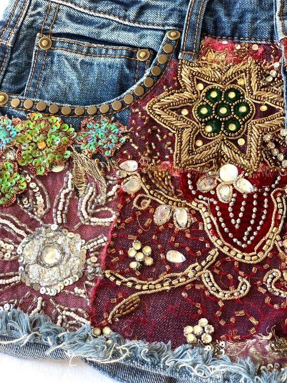 Vintage Jeansshorts mit Cutoff-Effekt / ausgefranste Stickerei Vintage Jeansshorts / hoch taillierter Denim / 30W / Medium   – Hippie Boho DIY clothes