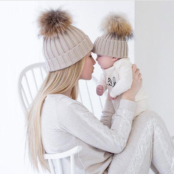 Zimní čepice máma + mimi, cena včetně dopravy 189 Kč, různé barvy #aliexpress #nákupy #online #hračky #tvoření #děti #malování #quilling #barvy #papíry #nůžky #nástroje #domácí #potřeby #vychytávky #3dmámablog.cz