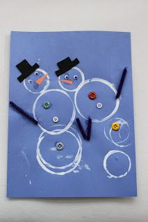 This is a really cute and simple craft. What you need is a variety of different sized cups, and the kids dip th top part of the cup in white paint. And stamp it on their piece of paper to make a snowman. And you can have other little things they could add to their snowmen, like a hat, scarf, stick on snowflakes, buttons, etc.