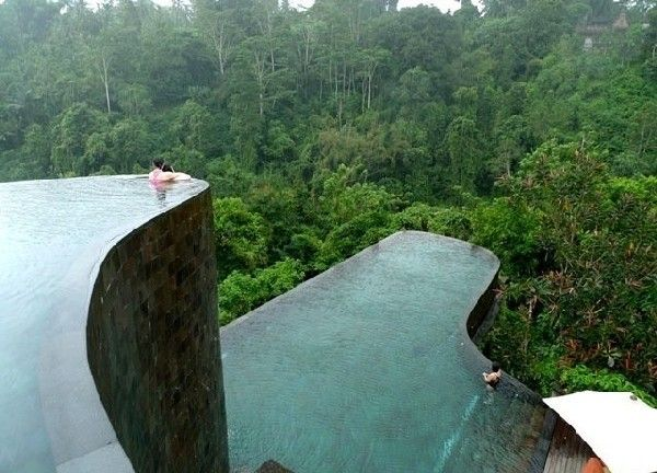 One of the most impressive hotels in Bali is the Ubud Hanging Gardens Hotel, mostly known for its multi-level infinity pools.