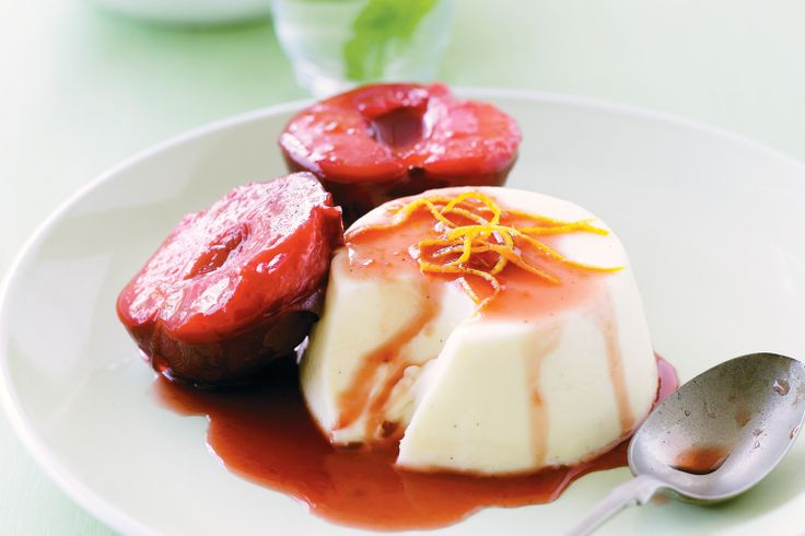 White chocolate panna cotta with poached plums - Christmas desserts http://www.taste.com.au/recipes/18695/white+chocolate+panna+cotta+with+poached+plums