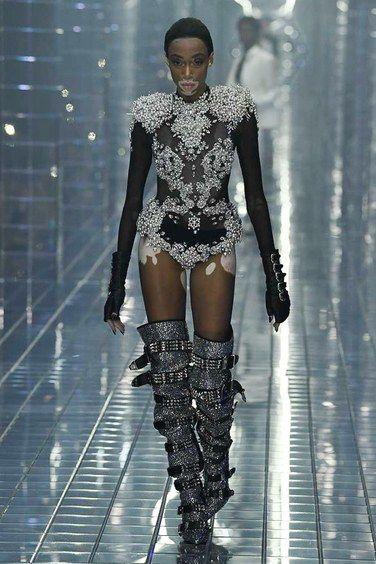 68ed13720e00b Philipp Plein Spring 2019 Menswear Fashion Show Collection Primavera  Verano