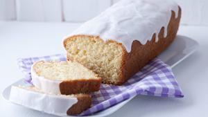 Rezept Saftiger Zitronenkuchen für die Kastenform - Der beste den ich je gebacken habe!