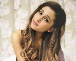 Ariana Grande divulga trecho de música inédita #ArianaGrande, #Cantora, #Lançamento, #Música, #Nome, #NovaMúsica, #Prévia http://popzone.tv/2015/10/ariana-grande-divulga-trecho-de-musica-inedita/