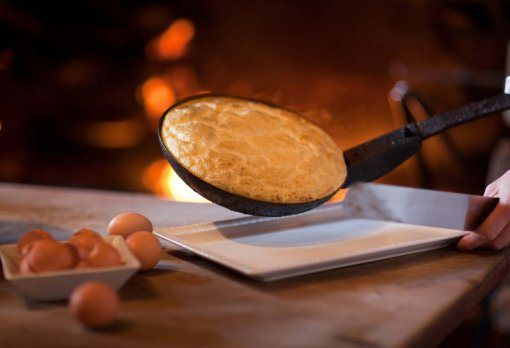 24 best l 39 auberge de la m re poulard images on pinterest diners restaurant and restaurants - Omelette de la mere poulard ...