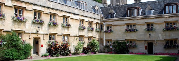 how to get admission in oxford university with scholarship