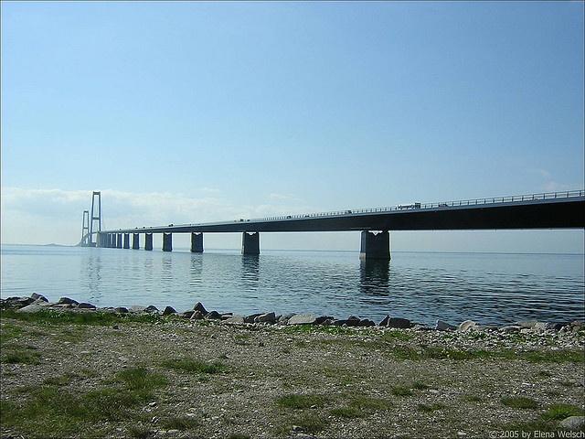 Great Belt Bridge: Roads Bridges, Small Islands, West Bridges, East Bridges, Suspen Bridges, Belts Bridges, Suspension Bridges, Sea Levels, Bridges Crosses
