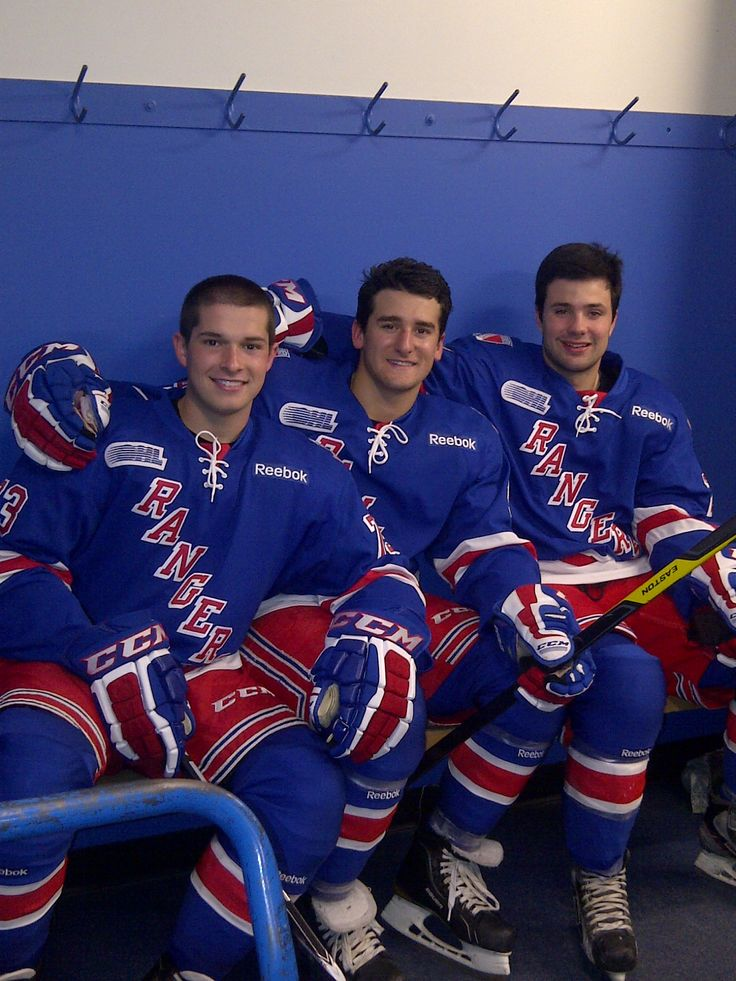 Matt Puempel, Ben Fanelli and Ryan Murphy on team Picture Day