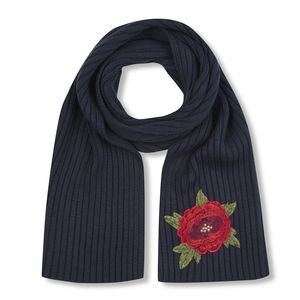 Rose Applique Knitted Rib Scarf