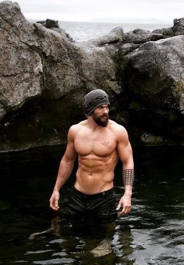 Jason Momoa.  Yup, my ovaries definitely just exploded.  OH MY MOMOA!!
