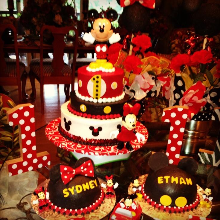 MINNIE & MICKEY. Mickey & Minnie party time !