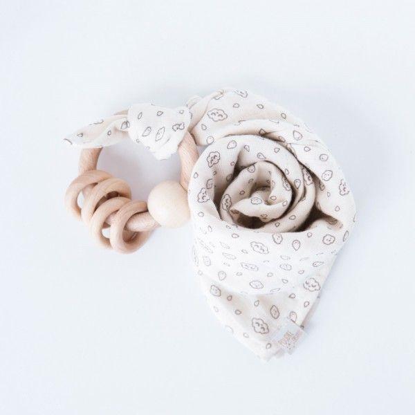 Doudou lange motifs Zü + Hochet bois 4 anneaux - Poudre Organic