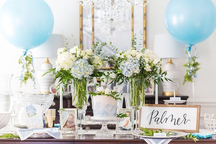 Wie man eine elegante blaue und weiße Babyparty bewirtet