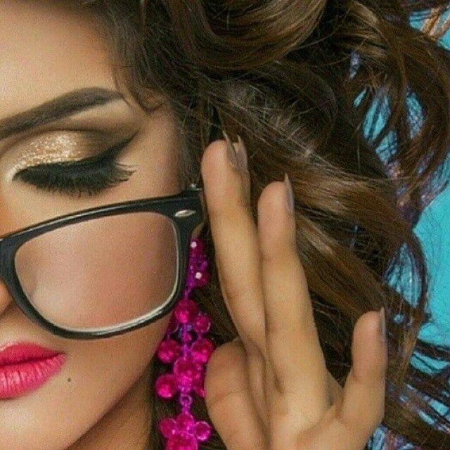 Mooon Universe On Instagram حب رومنسي شعر ذوق احساس إحساس حس مرهف رايق شعري هاشتاقات انستقرام العربية رومنسية Stylish Girl Pic Stylish Girl Girl