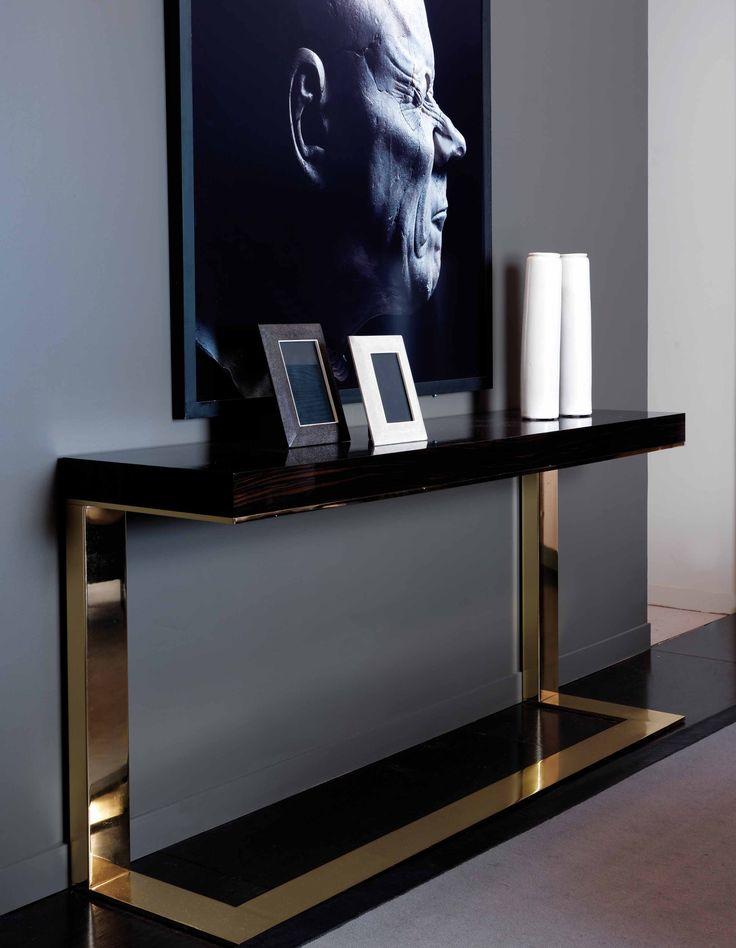 DOM EDIZIONI Ebony, Our Must! Kelly console. Luxury furniture, ebony furniture. #domedizioni #kellyconsole #luxuryliving #luxuryfurniture #console #ebonymakassar