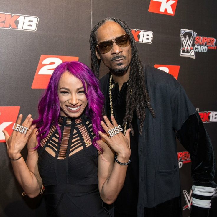 Snoop Dogg & Sasha Banks