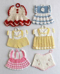 Darling Vintage potholders ~ these would be so cute framed in a baby's room